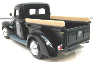 Motor Max 1940 Ford Pickup Truck Black 1/24