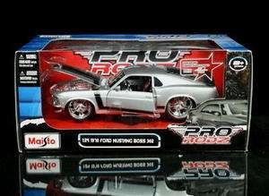 Ford Mustang Boss 302 PRO RODZ Diecast 124 Scale   Silver MIB