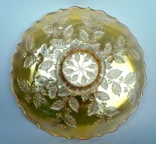 HOLLY by FENTON ~ SILVERY GOLD CLAMBROTH CARNIVAL GLASS 9 1/2 PLATE