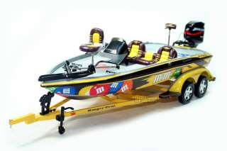 ELLIOTT SADLER #38 M & Ms RANGER BOAT & TRAILER 1/24