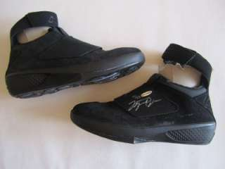 MICHAEL JORDAN SIGNED AIR JORDANS NIKE SHOES #20 LIMITED EDITION UDA