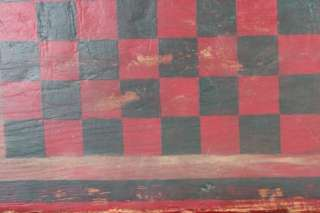 L160 ANTIQUE AMERICAN PAINTED WOOD CHECKER BOARD AMERICAN FOLK ART