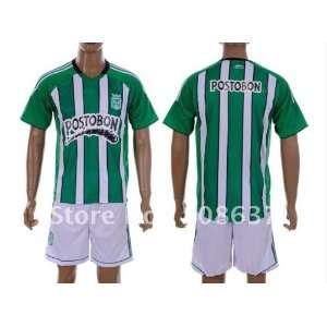shorts home green football uniform with shorts
