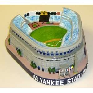 New York Yankees Yankee Stad. Mini Replica Stadium  Sports